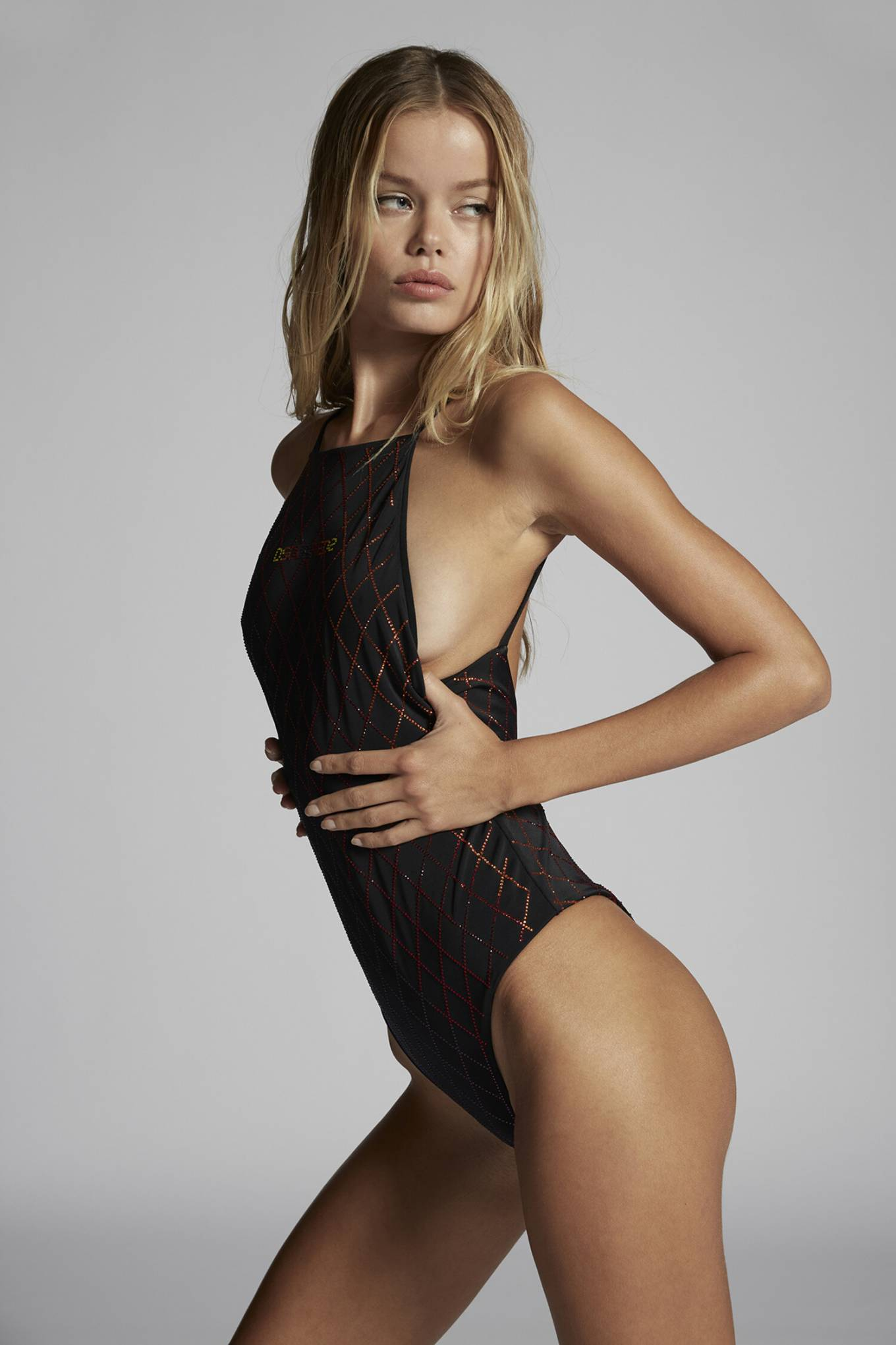 Frida Aasen, Dsquared2  bodysuit, black  bodysuit, black sandals, toned legs, sexy, spaghetti straps, skimpy, long legs, fitted, model figure