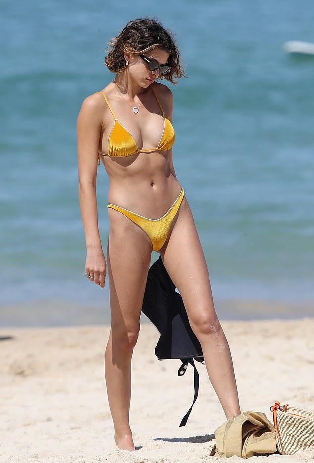 Georgia Fowler rocking Golden bikini bottom