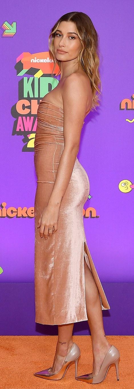 Hailey Bieber rocking narrow slip on pumps with high heel