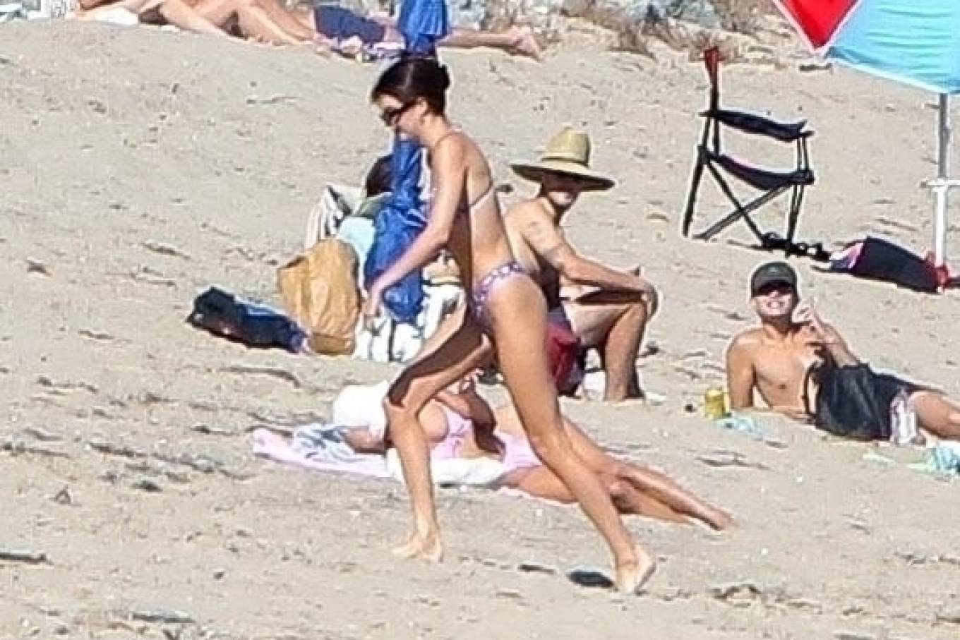 Kendall Jenner rocking Skimpy purple white pattern print bikini bottom with white pattern print
