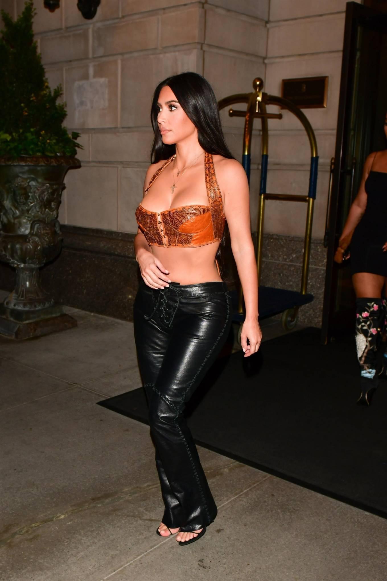Kim Kardashian rocking black open toe sandals