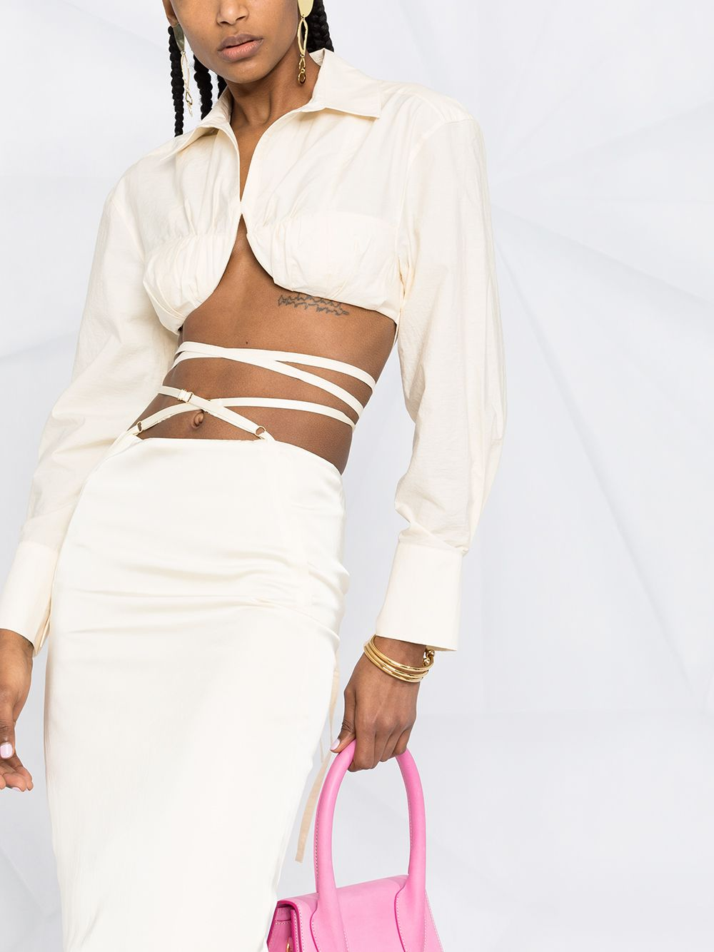 Kim Kardashian rocking khakhi baggy cargo pants with side pockets
