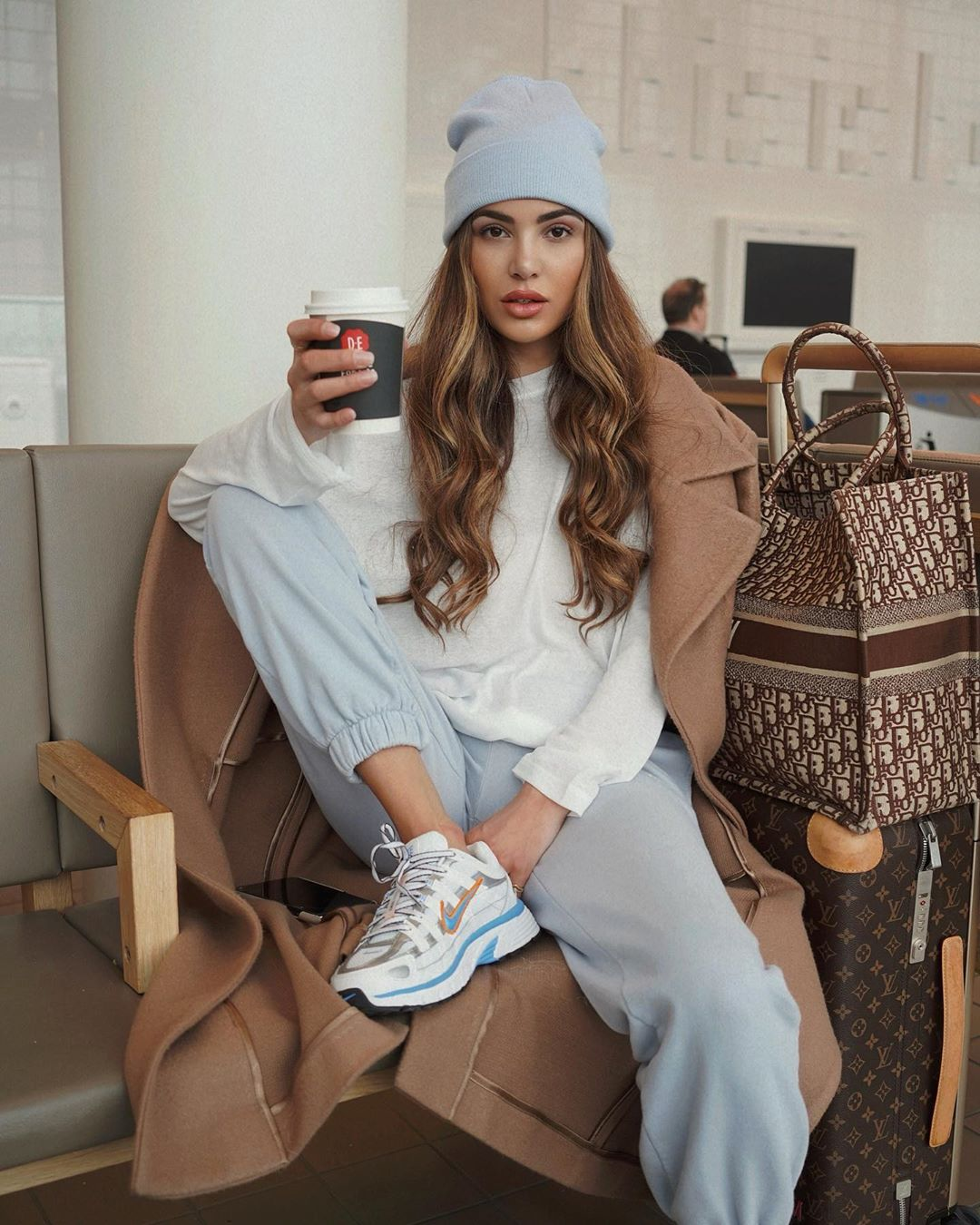 Negin Mirsalehi wearing Grey baggy sweatpants with side pockets and ribbed trim hem