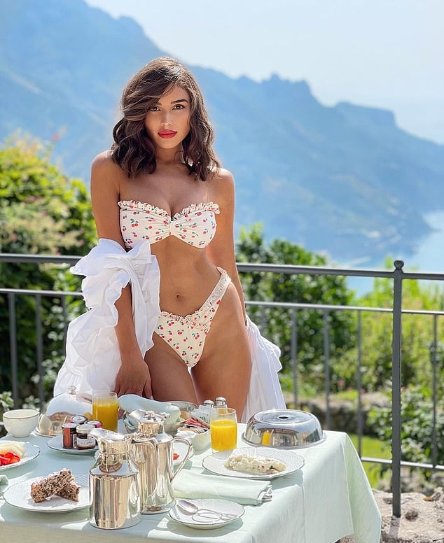 Olivia-Culpo-white-bikini-top-bikini-autumn-winter-2021