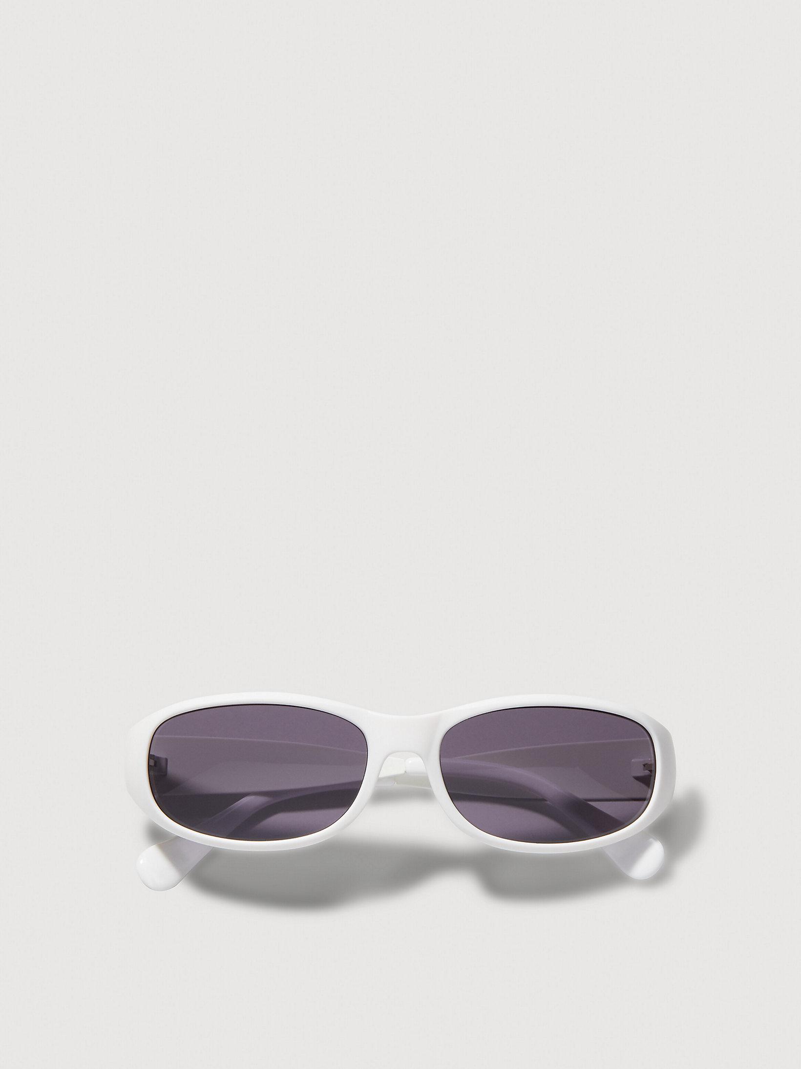 UNISEX OVAL SUNGLASSES by Calvin Klein, available on calvinklein.com for EUR159.9 Elsa Hosk Sunglasses Exact Product
