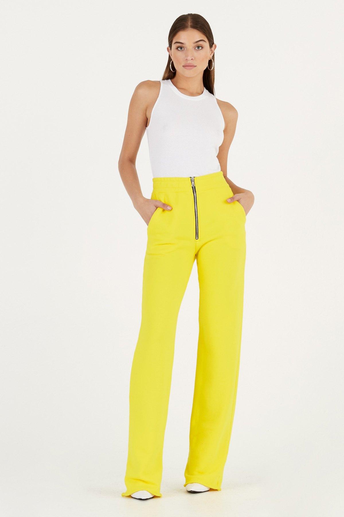 Manhattan trouser by Cotton Citizen, available on cottoncitizen.com for $225 Hailey Baldwin Pants Exact Product