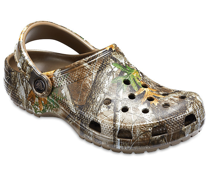 Classic Realtree Edge® Clog by Crocs, available on crocs.com for $54.99 Kendall Jenner Shoes Exact Product