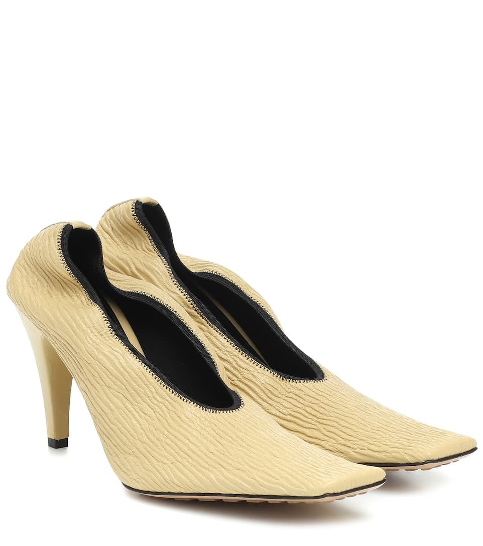 Leather pumps by BOTTEGA VENETA, available on mytheresa.com for $920 Kendall Jenner Shoes Exact Product