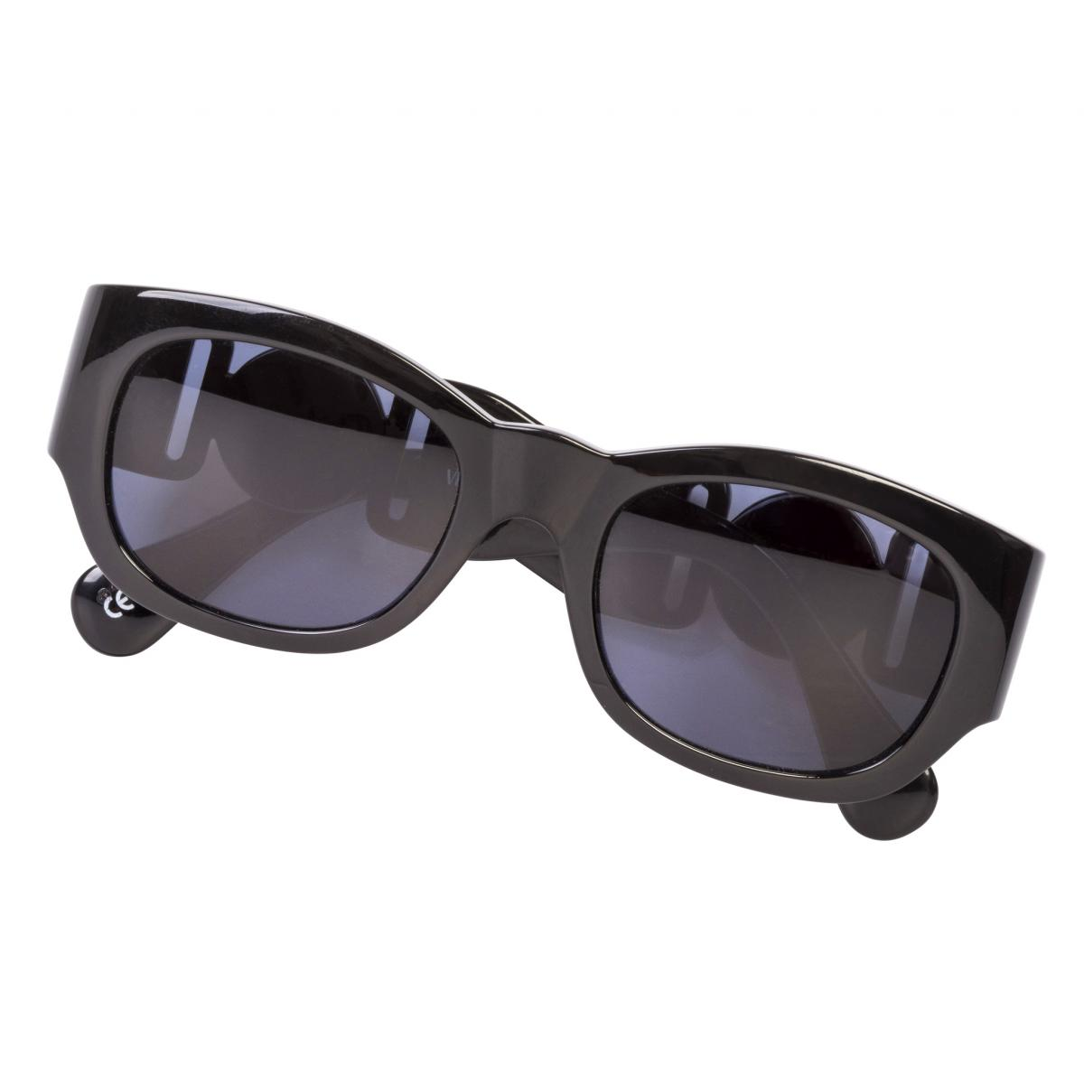 413/a col.852 by Gianni Versace, available on original-juice.com for $999 Kim Kardashian Sunglasses Exact Product