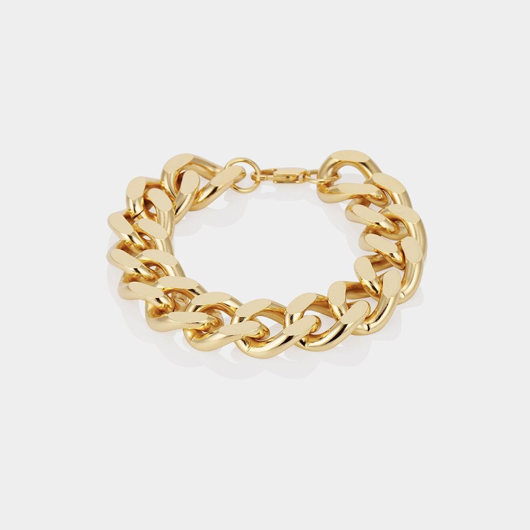 Bree by Aureum, available on aureumcollective.com for ₹10400 Kylie Jenner Jewellery Exact Product