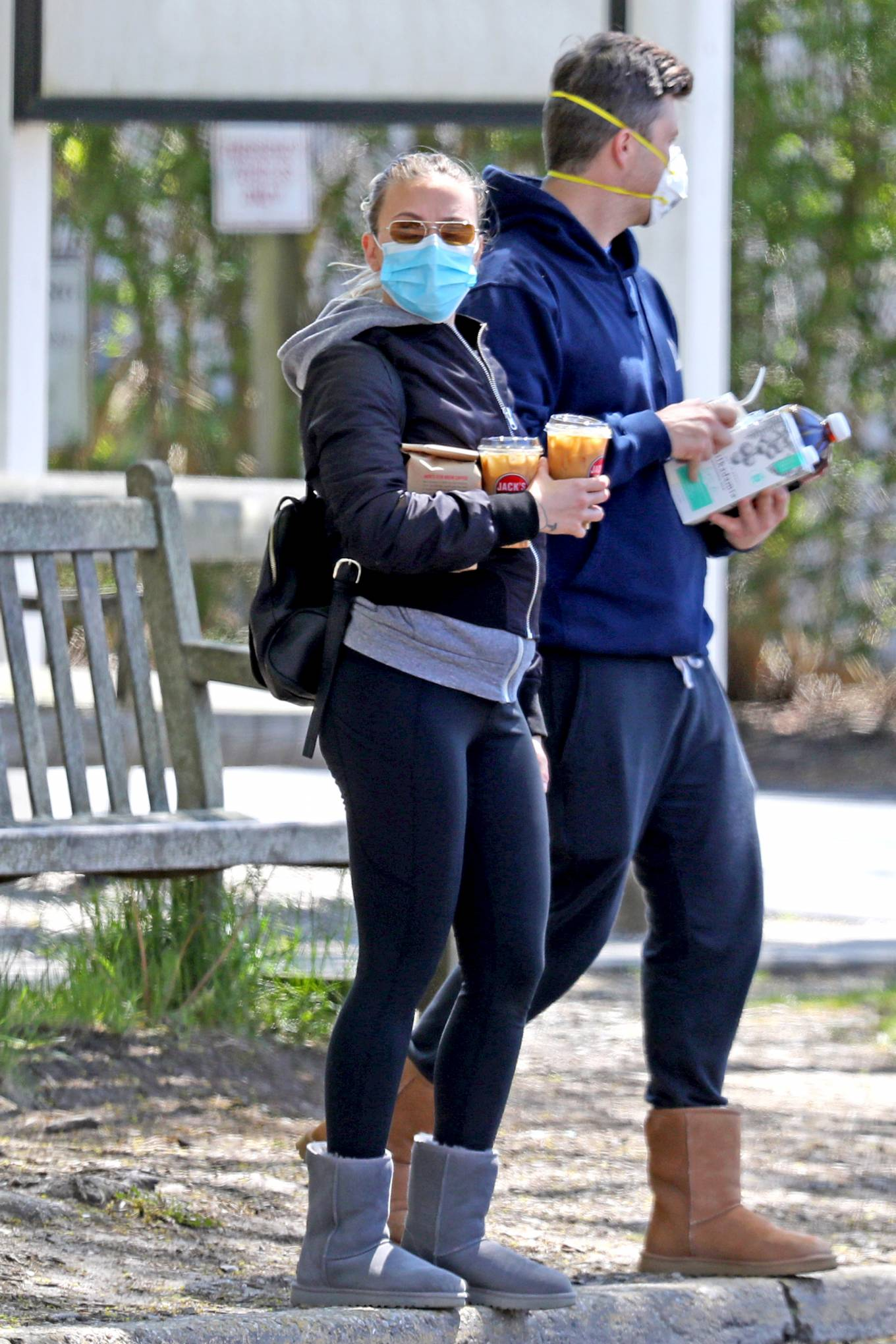 Scarlett Johansson 20black Leggings 20grey Ugg Boots 20black Hoodie 20skinny 20stretch Fabric 20brown Sunglasses 204 Scarlett Johansson Black Skinny Leggings Street Style Spring Summer 2020 Image 1 Sassy Daily Fashion News