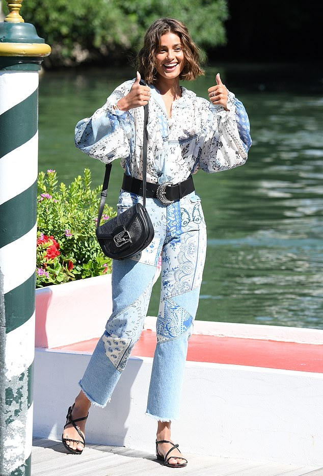 Taylor Hill rocking strappy black sandals with thin ankle strap